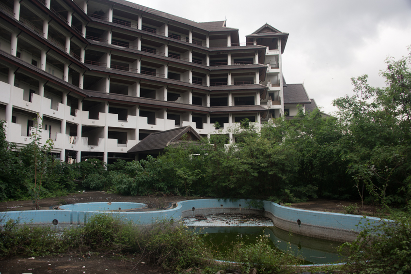 abandoned resort in chiang mai