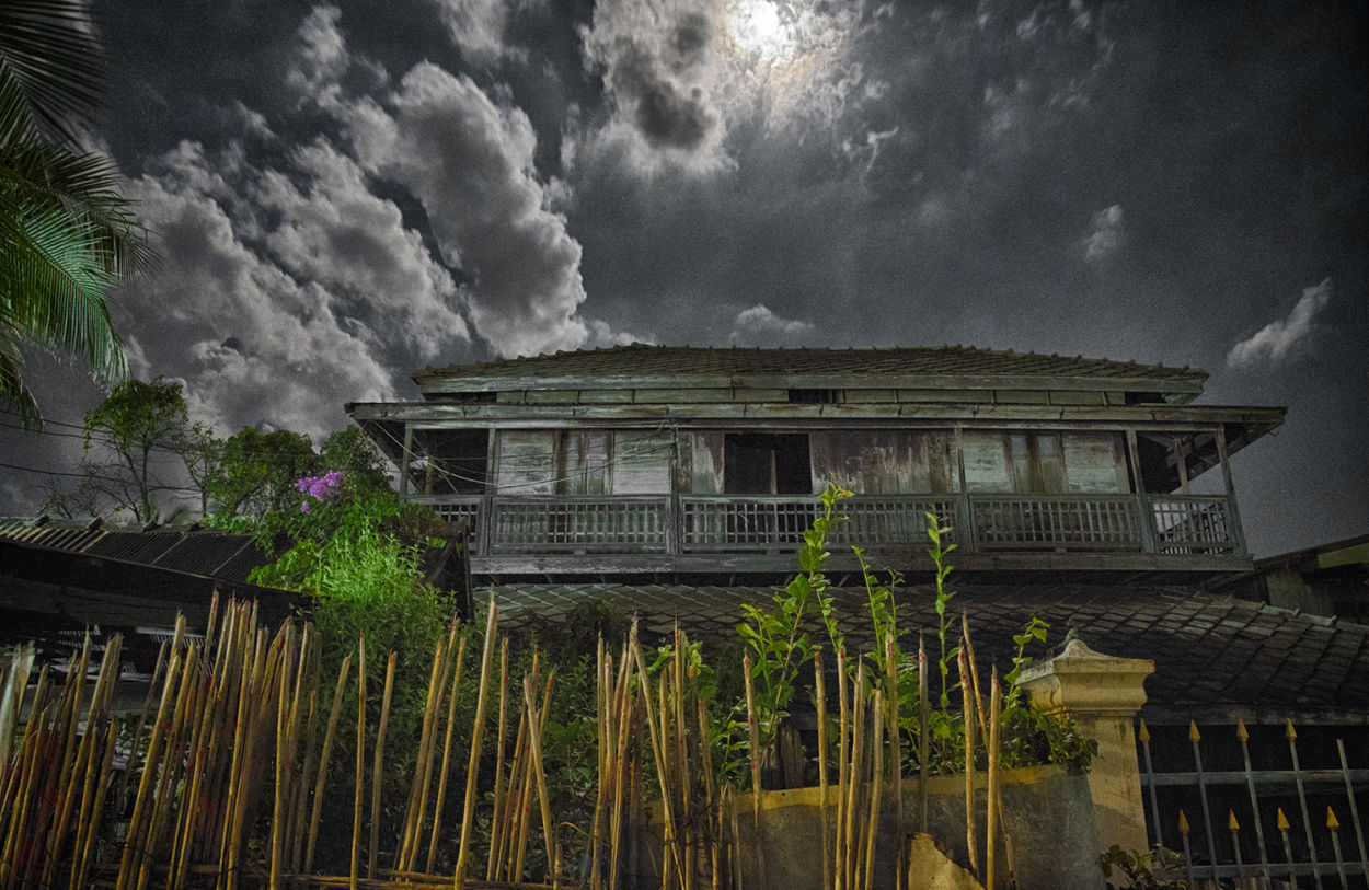 Khao Tao creepy house