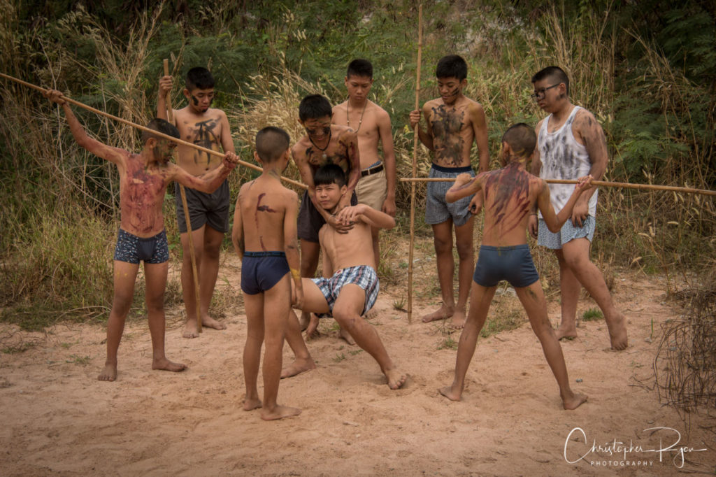 boys fighting lord of the flies